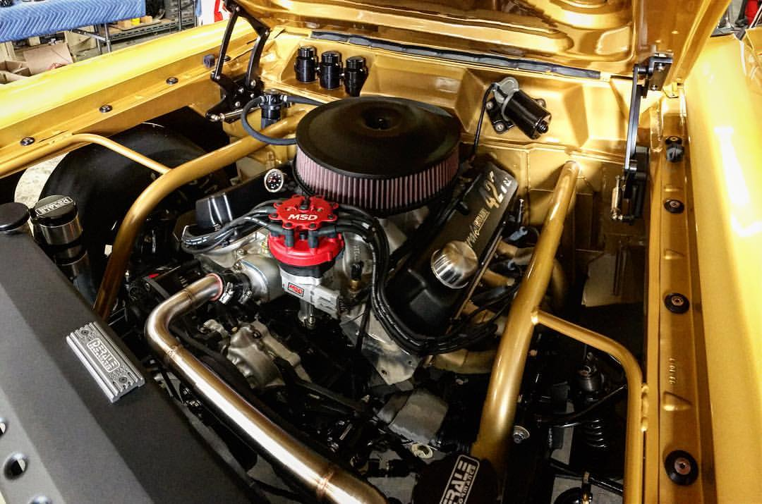do sports cars require manual transmission