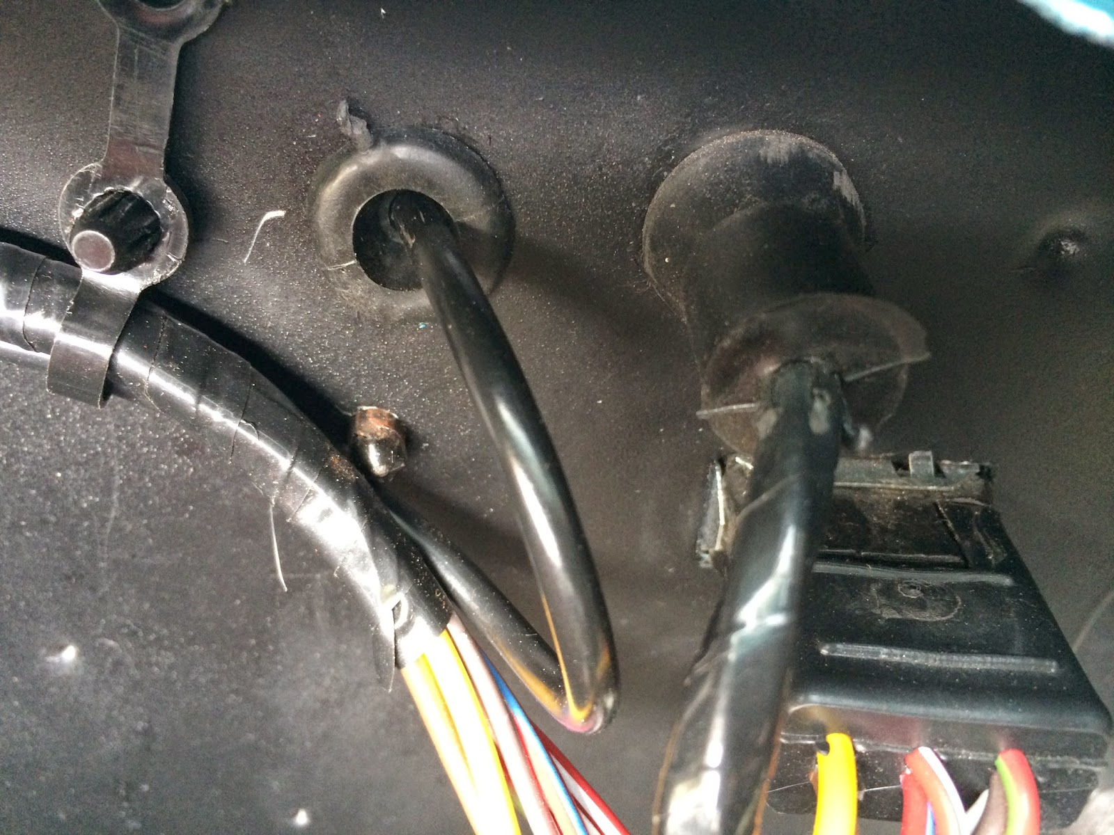 converting mustang power seat to manual